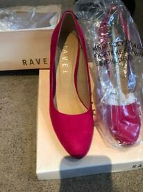 Brand new Ravel shoes size 6