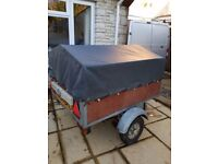 Trailer Apx 3ft 6 X 4ft 6 galvanized steel - good condition, with canopy