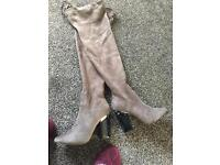 Miss guided knee high boots in grey