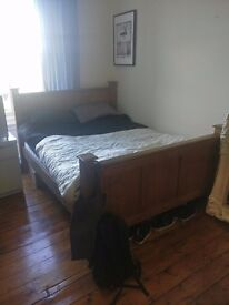 Room for rent for festival period
