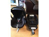 Maxi Cosi Cabriofix Car Seat & Easybase2