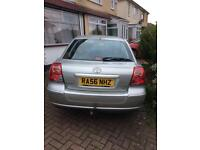 Tayota Avensis 2007 with one keeper full history