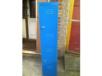 Blue Stand Metric Locker