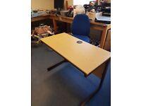 small office straight desk / small home computer desk