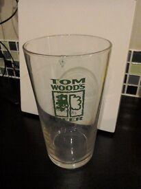 Tom Woods pint glasses x 6