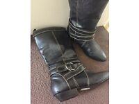 Dorothy Perkins black Valerie boots size 3