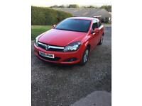 Vauxhall Astra SXI (Red) 1.4L, 59 plate.