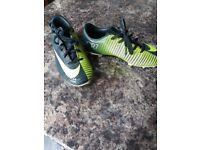 Football boots boys Nike CR7