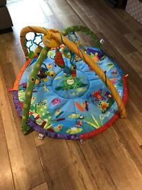 Lamaze musical motion baby gym