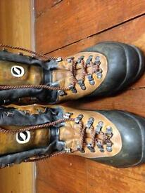 Scarpa boots 10.5