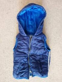 Kids blue Gilet/body warmer with hood for 18-24 months