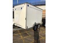 Lynton Loadlugger 400 box trailer 10 x 6