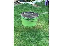 Small bucket BBQ