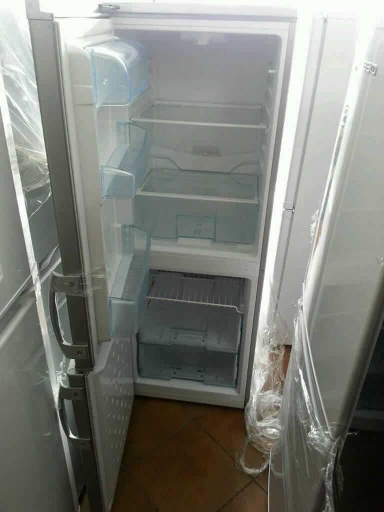 Fridge freezer lec