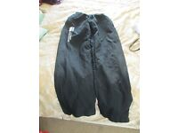 Ladies size 10 Canterbury trousers