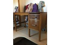 Small vintage desk - Suitable for a small study room or a Kid's room