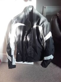 Motorcycle Jacket Ladies Size 14 Black and White – New