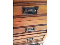 Chest of drawers, delivery possible
