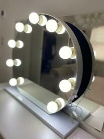 Hollywood Mirror - Excellent Condition