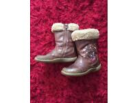 Girls Clarks boots size 8.5f