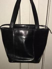Large Radley London leather shoulder bag