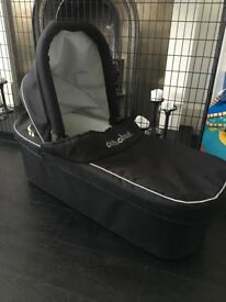 Out n About nipper carrycot for double pushchair - black