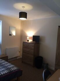 DOUBLE ROOM - SUDDENLY AVAILABLE,