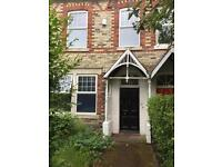 6 bedroom house in Ivy Road, Gosforth