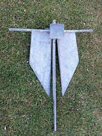 4.5 Kg (10lb) Galvanised Danforth-style fluke anchor.