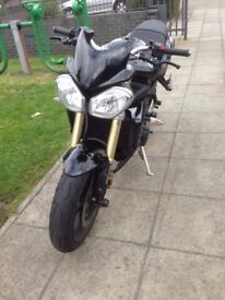 Triumph Street Triple 2011 Limited Edition Arrow Cans