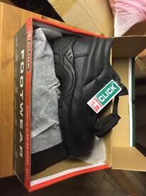Steel toe caps size 6 brand new