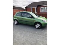 EXCELLENT CONDITION (drives like new) Ford, FIESTA, Hatchback, 2009, Manual, 1242 (cc), 3 doors