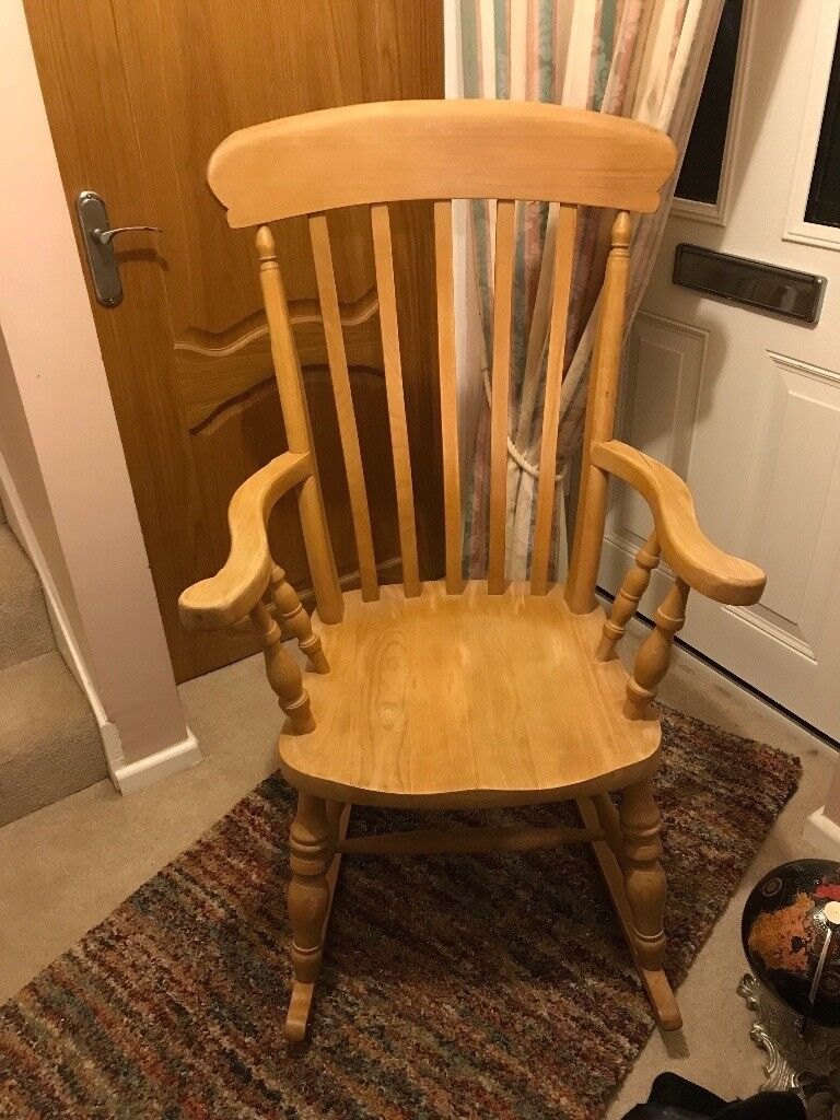 (REDUCED) ROCKING CHAIR SOLID WOOD BEECH