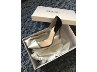 Can deliver , size 6 boxed brand new celeb boutique heels £119 shoe size eu 39