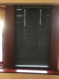 3ft Black venetian blinds