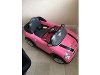 Mini Cooper battery powers little girls toy. Like new