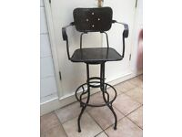 Barbers swivel chair / stool. Cool antique/vintage