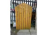 Wood garden gates with hinges