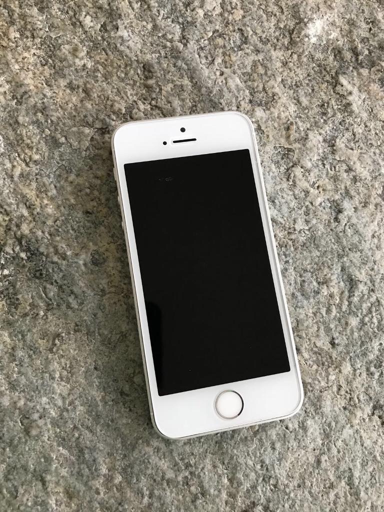 iPhone SE 64GB White locked 02