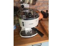 Espresso and Cappuccino Delonghi Coffee machine