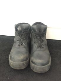 Steel Toe Capped work boots - SIZE 9