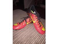 Size 7 Nike