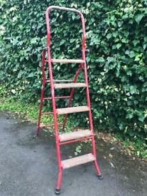 Metal 6ft ladder