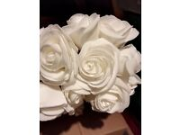 Large cream/ivory single roses