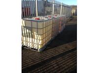 1000 litre tanks x4