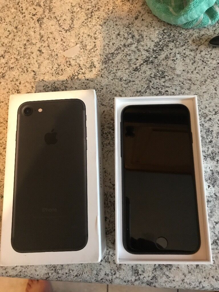 Apple IPhone 7 128gb black brand new on O2 (Unlock Requested)