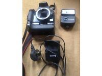 Canon 1000d camera body & accessories