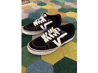 Vans shoes size 8 like new