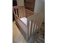 Mamas and Papas Cot Bed and mattress in excellent condition