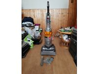 Dyson Dc14 Vacuum Cleaner MULTIFLOOR UPRIGHT Bagless new tools